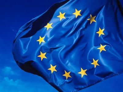UE: los sitios de redes sociales deben proteger a los niños