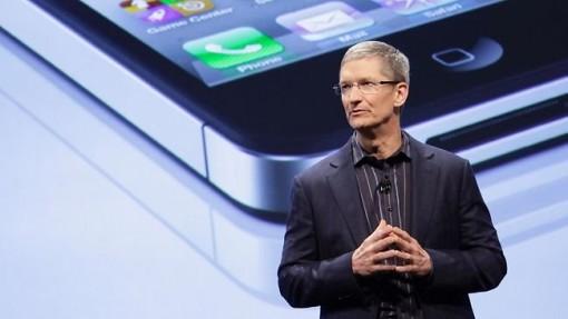 Tim Cook defiende a Apple de las acusaciones