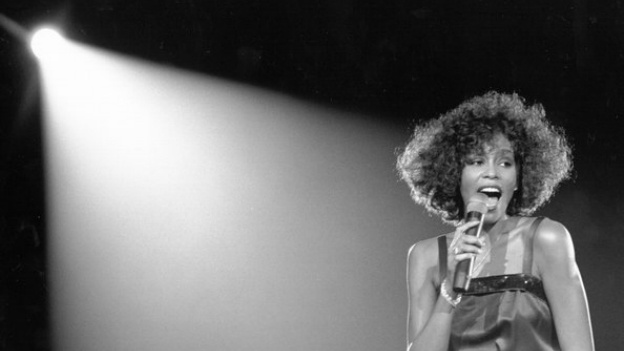 whitney houston, itunes