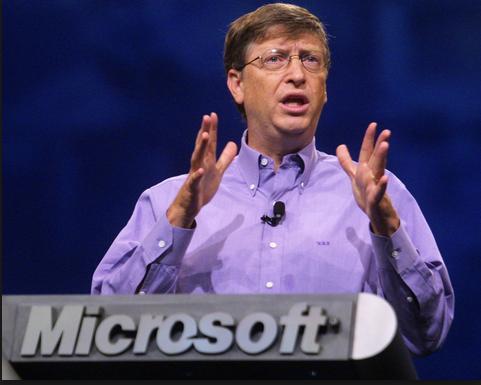 """Bill Gates admite que """"Ctrl + Alt + Supr"""" fue un error, y culpa a IBM"""