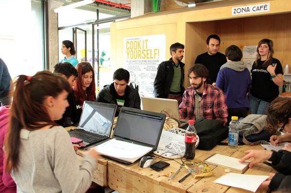 Telefonica-reune-a-600-hackers-sociales-en-los-premios-HackForGood