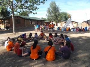 Grajera ofrece nuevos programas escolares para colegios