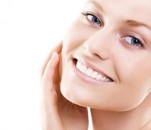 Tratamientos de cosmética facial para cuidar la piel después del verano.