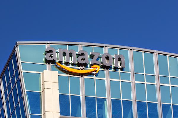 Amazon, entregas rápidas en taxi