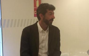 """Alberto Rodríguez (cineasta): """"La Peste trata sobre conflictos de poder, política y religión"""""""