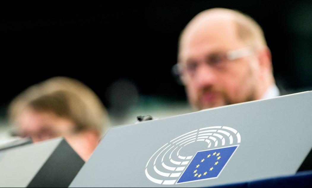 El Parlamento Europeo reclama medidas que frenen el poder de los gigantes de Internet