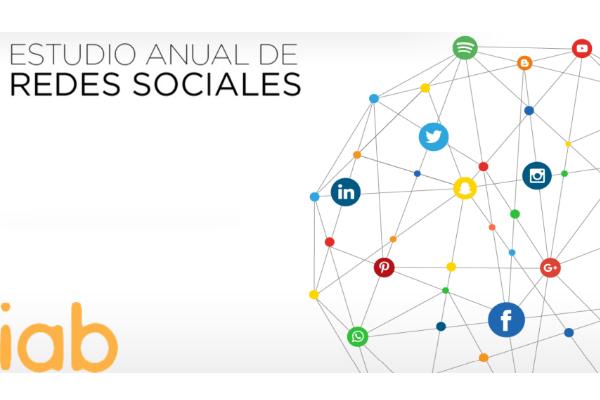 WhatsApp y Facebook, las RRSS favoritas para los españoles