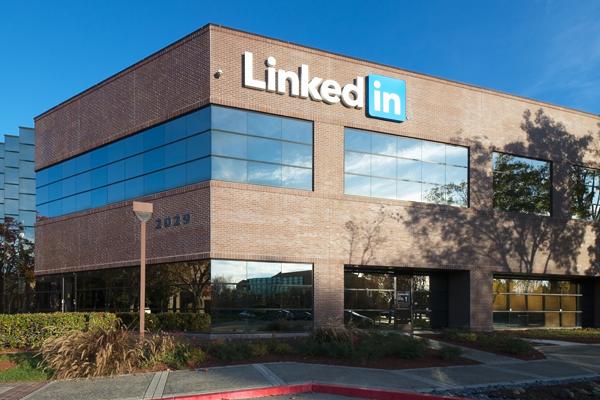Microsoft compra LinkedIn por 23.185 millones