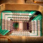 Ingeniería cuántica para proteger las telecomunicaciones