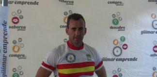 Miguel Ángel Castro supera el Record Guinness subido a una bicicleta estática
