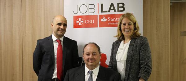 Degree Advisor, la herramienta digital de orientación universitaria de Banco Santander y CEU