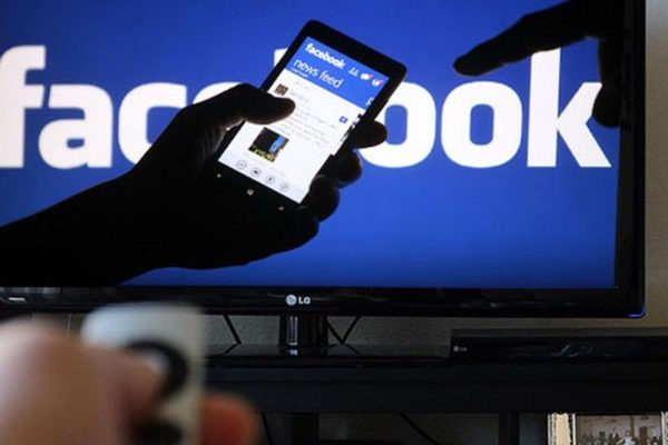 Facebook. Televisión de pago