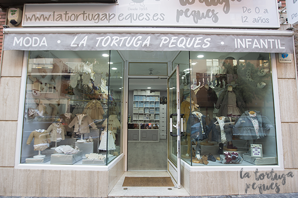 7af80ee20 La Tortuga Peques  una tienda de ropa bebé con marca propia en ...
