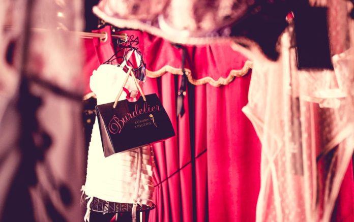 tienda de lenceria de lujo ibiza
