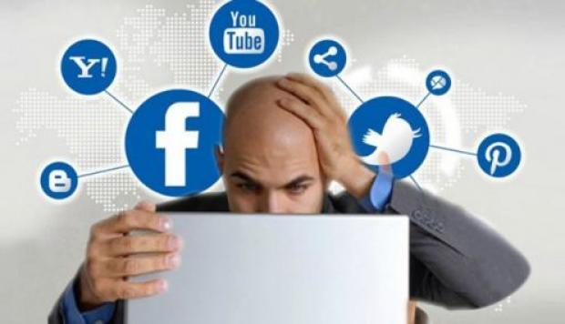 Redes sociales y empleo