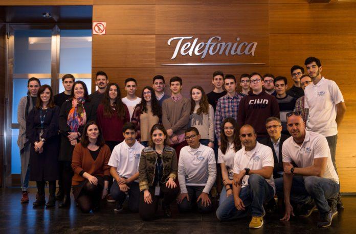 ganadores Desafío STEM en Telefonica