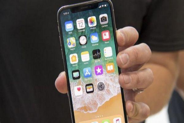 Apple recurriría a LG para fabricar paneles para el iPhone