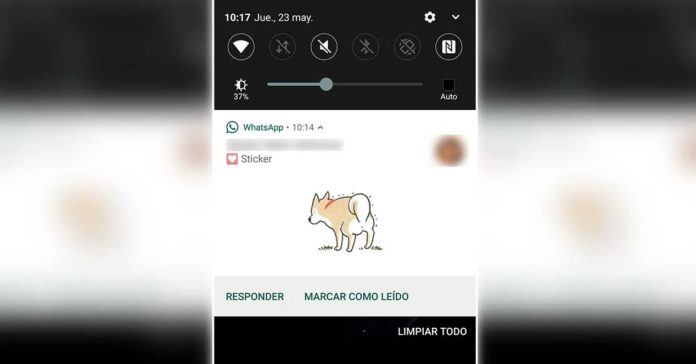 WhatsApp stickers notificaciones
